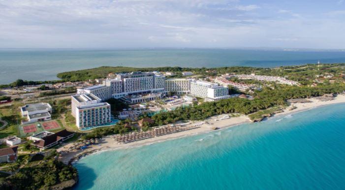 Cuba and Niagara Falls 3 Centre - Image 5