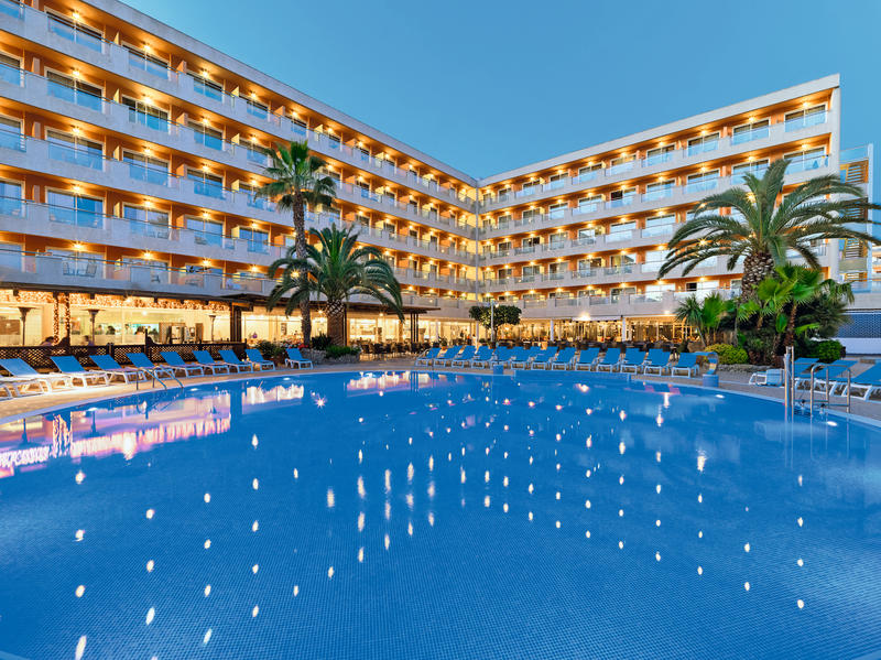 Salou H10 Hotel Early Booker - Image 5
