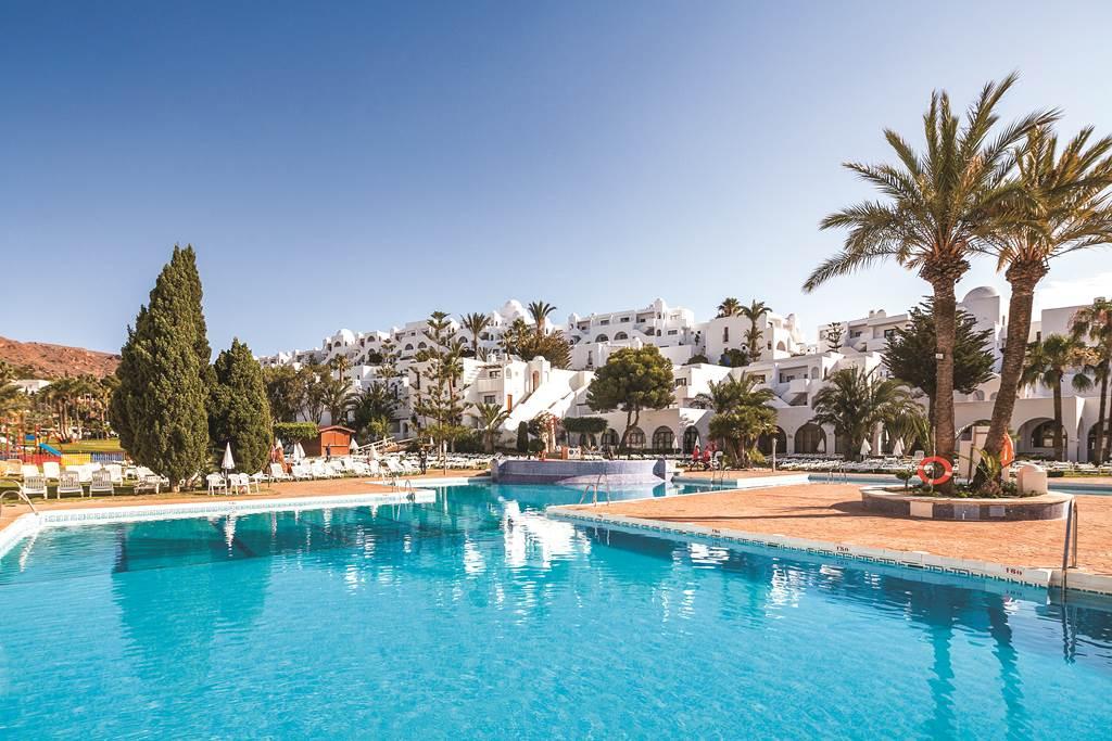 Costa De Almeria Family May Deal - Image 2