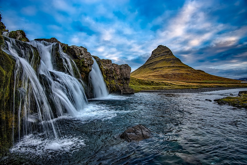 ICELAND - Image 2