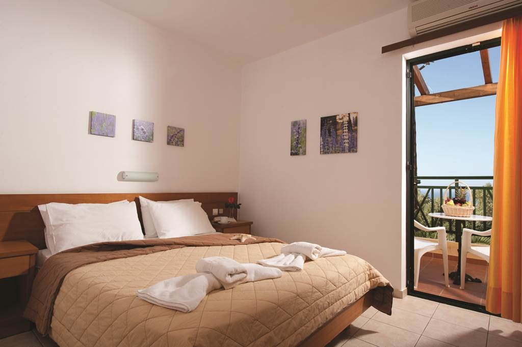 4* Crete – Family Half Term Holiday - Image 2