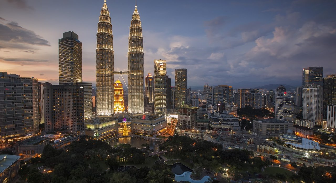 Kuala Lumpur and Langkawi 2 Centre - Image 1