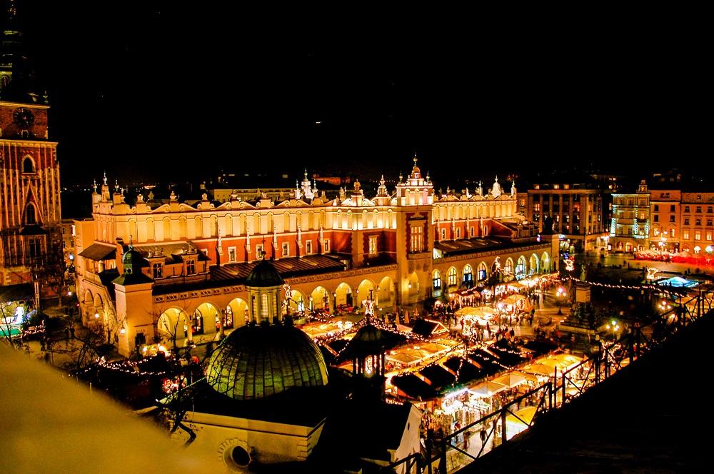 Krakow Dec 5 Star Christmas Markets - Image 2