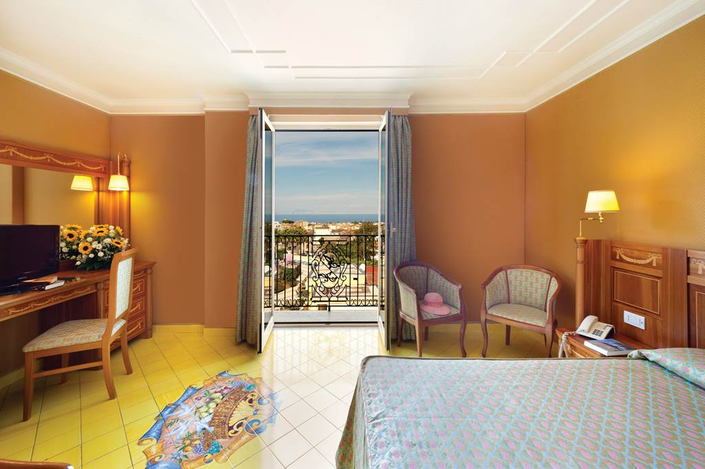 5* Sorrento All Inclusive Late Sept Week - Image 2