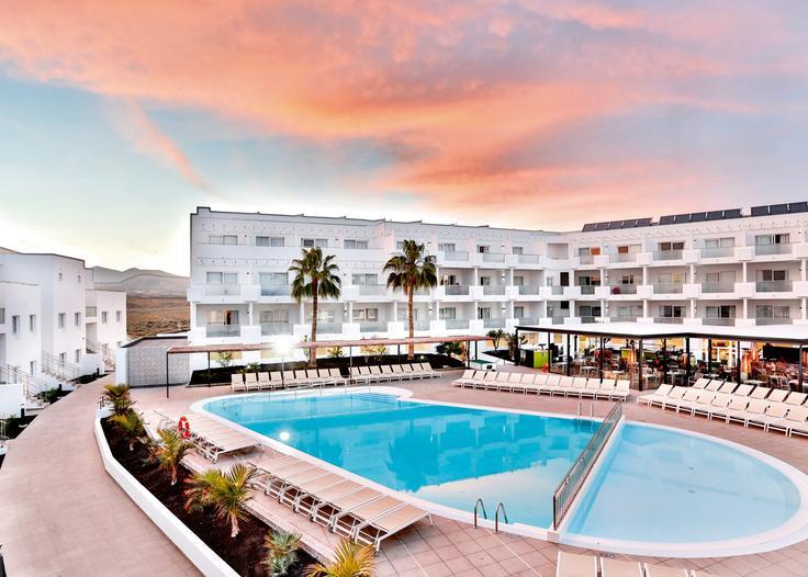 November Lanzarote Half Board Bargain - Image 1