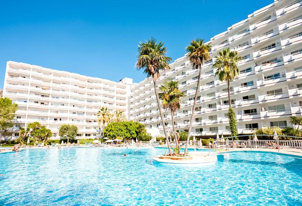 Majorca Family Summer Sun - Image 1