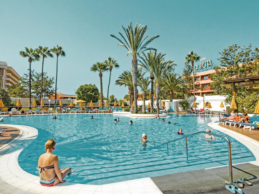 LAST MINUTE 4* Tenerife Half Board Deal - Image 10