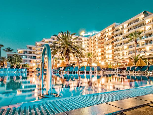 LAST MINUTE 4* Tenerife Half Board Deal - Image 4