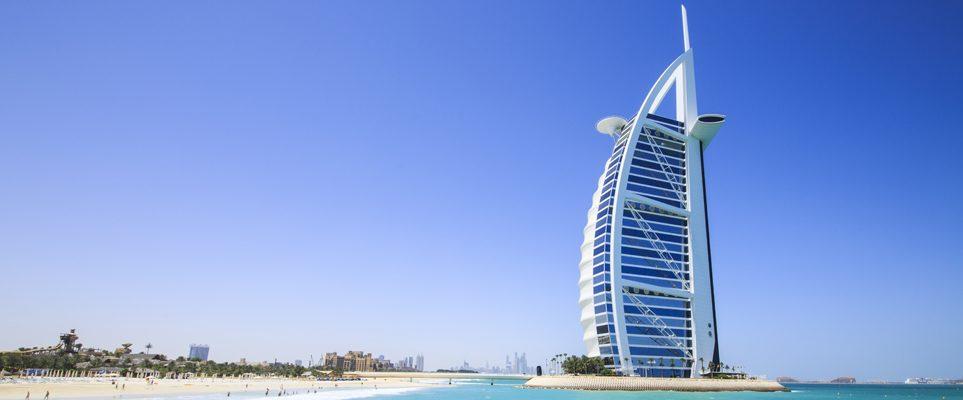 5* Dubai Jan Luxury Half Board - Image 1