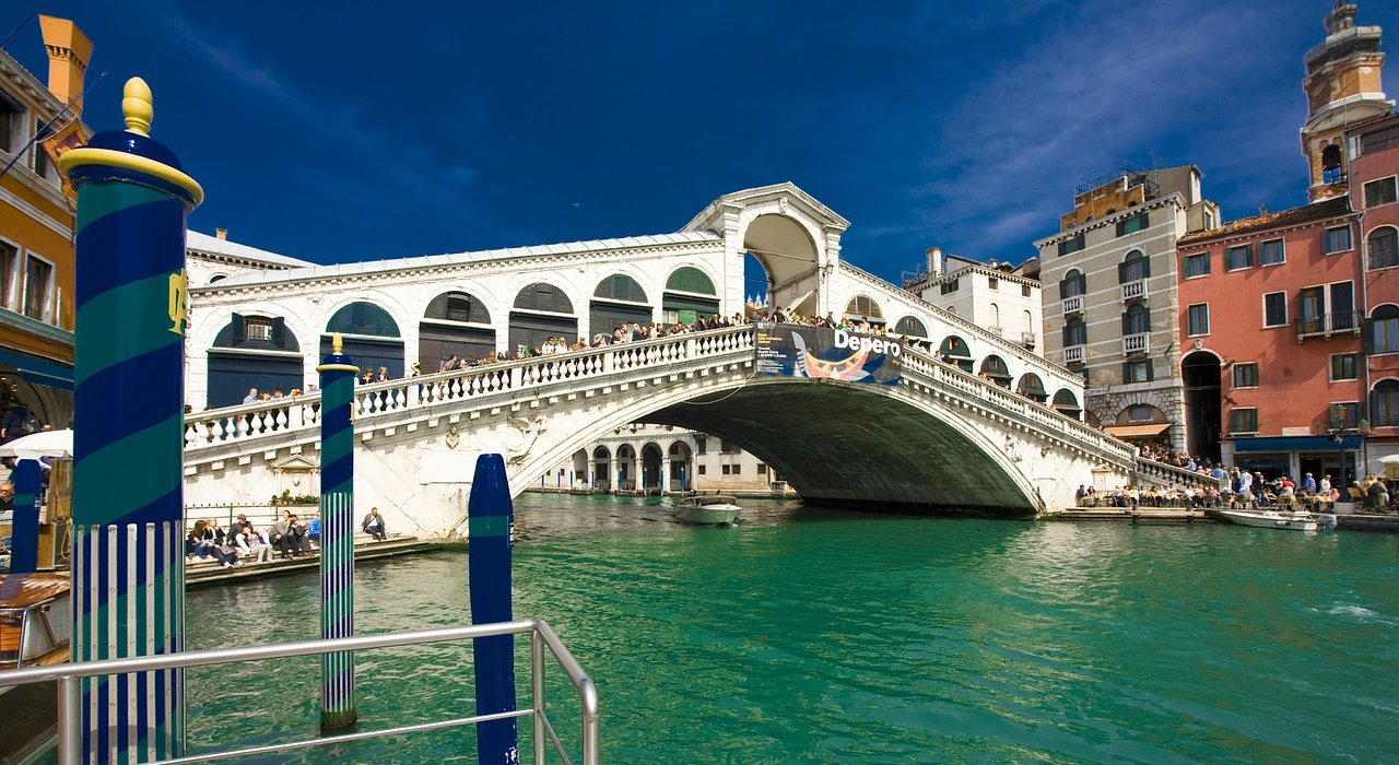 Lake Garda, Venice and Verona Late Deal - Image 3