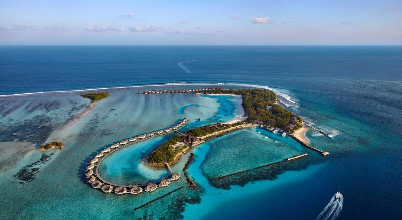 Maldives Luxury November Week - Image 1