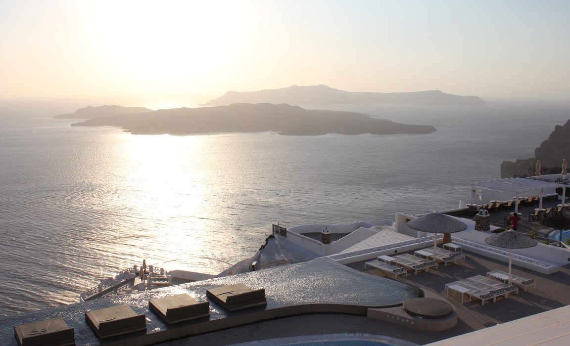 Luxury Santorini Short Breaks - Image 5