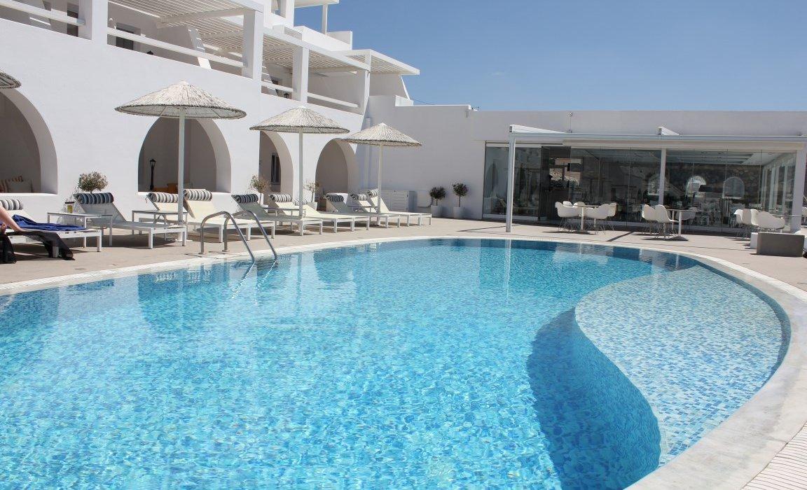Luxury Santorini Short Breaks - Image 2