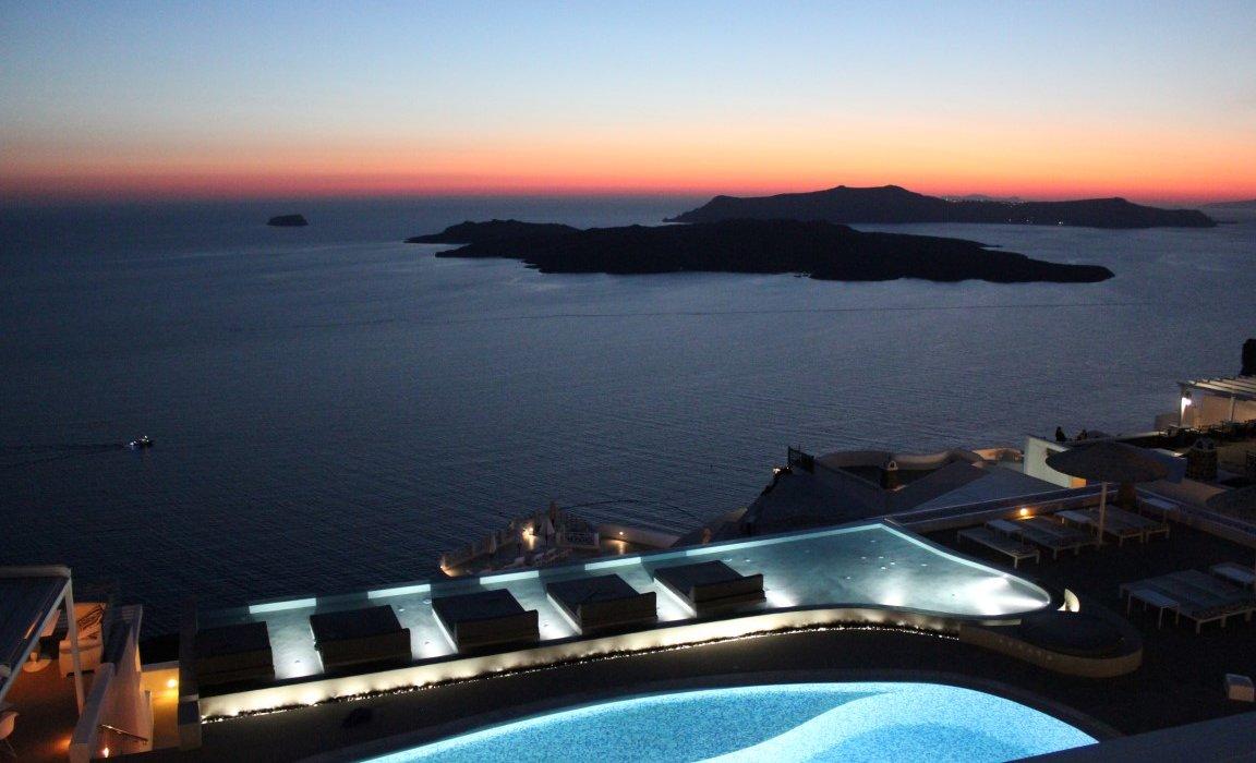 Luxury Santorini Short Breaks - Image 7