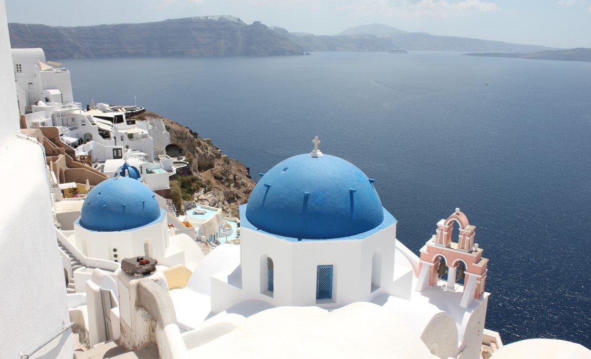 Luxury Santorini Short Breaks - Image 4