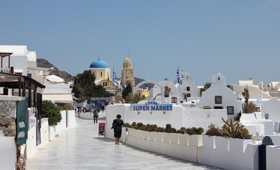 Luxury Santorini Short Breaks - Image 6