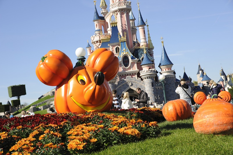 Halloween in DisneyLand Paris - Image 1