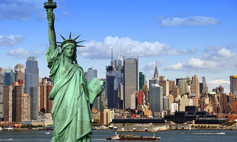 Valentine's Day Break in New York City - Image 7