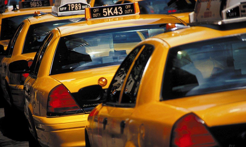 Valentine's Day Break in New York City - Image 8