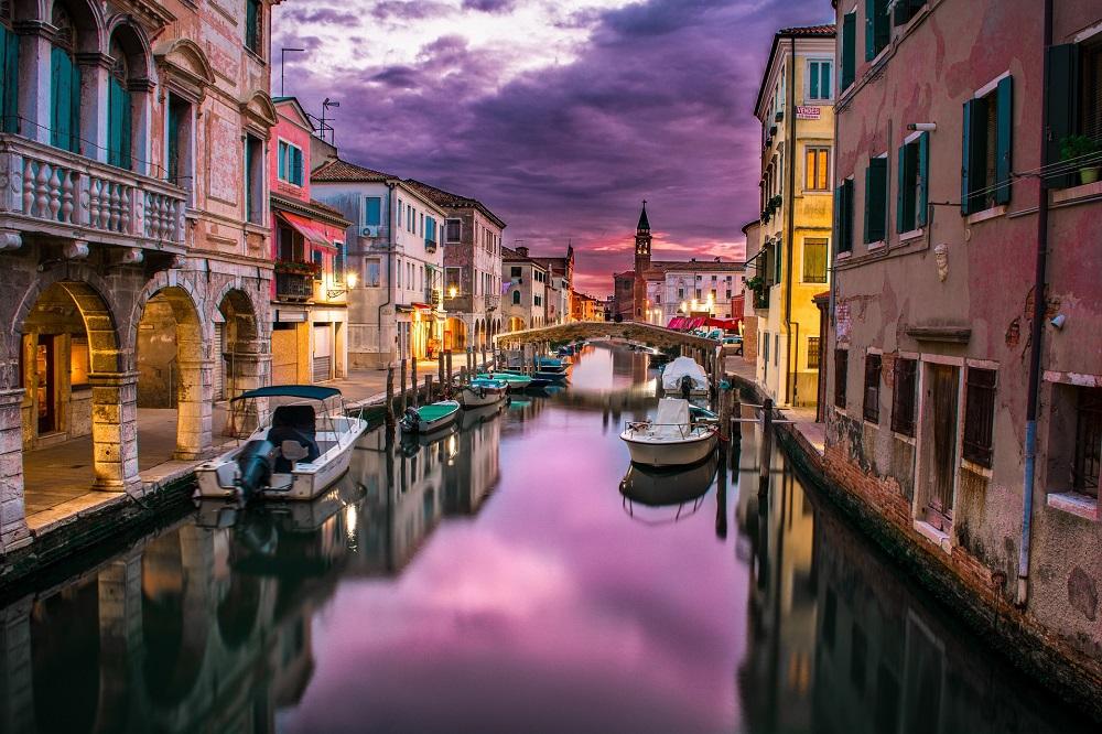 3* Venice Spring City Breaks 3 Nights - Image 2
