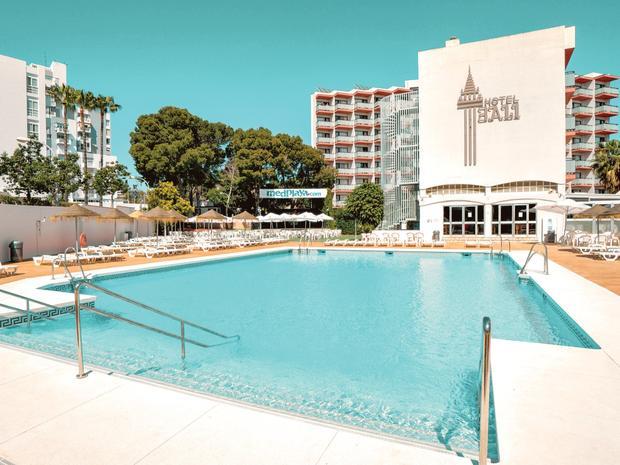 Costa Del Sol May 11 Night Bargain - Image 2
