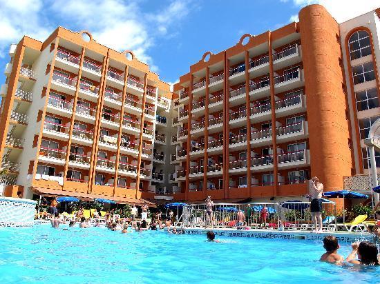 SALOU FAMILY OFFER inc Portaventura Entry - Image 2