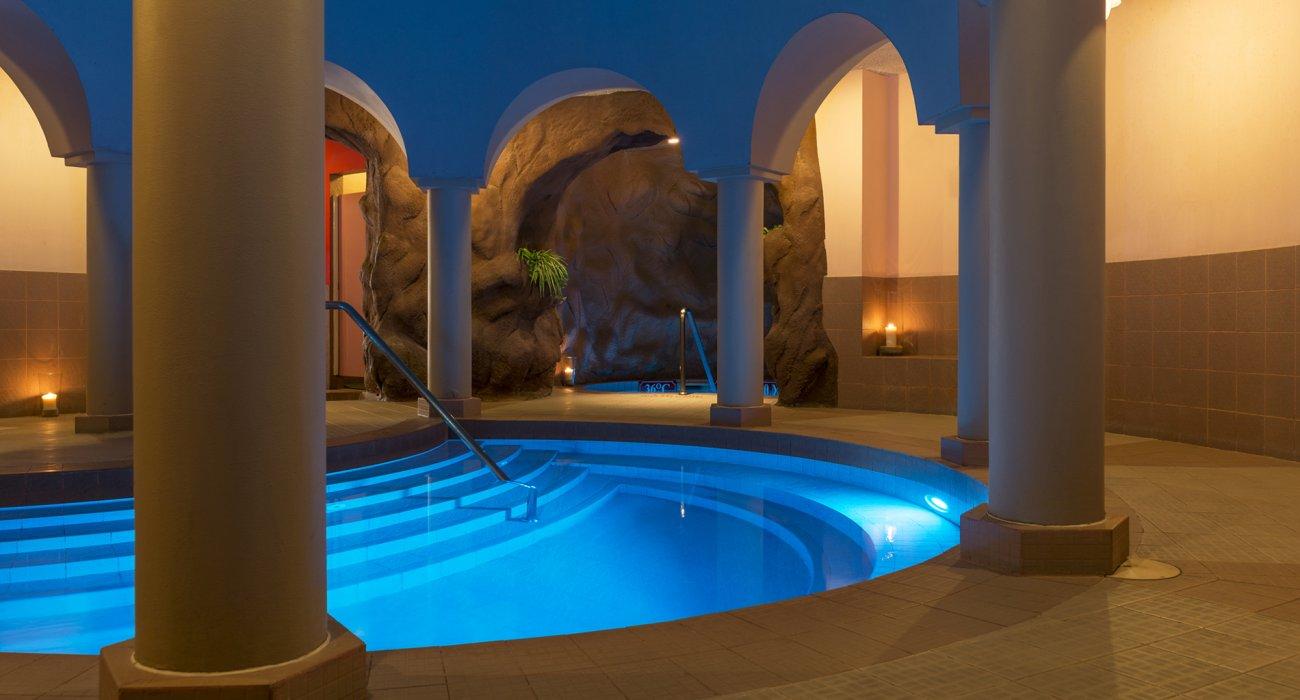 Amazing Abu Dhabi Half Board Offer - Image 5