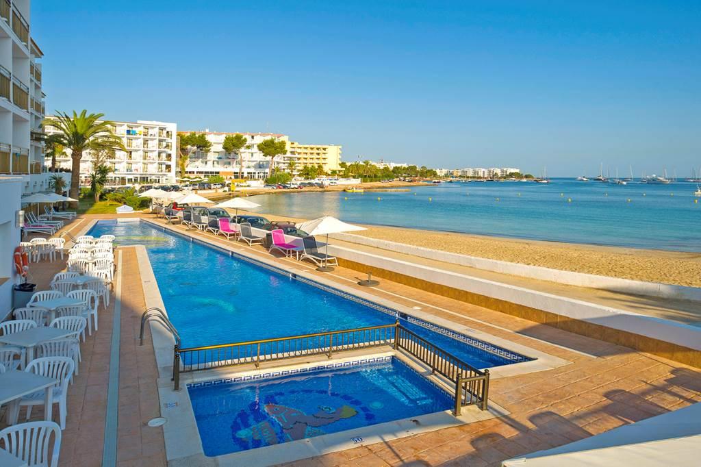 Ibiza May 2019 San Antonio Bargain - Image 2
