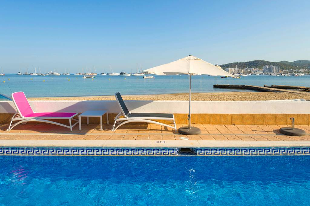 Ibiza May 2019 San Antonio Bargain - Image 3