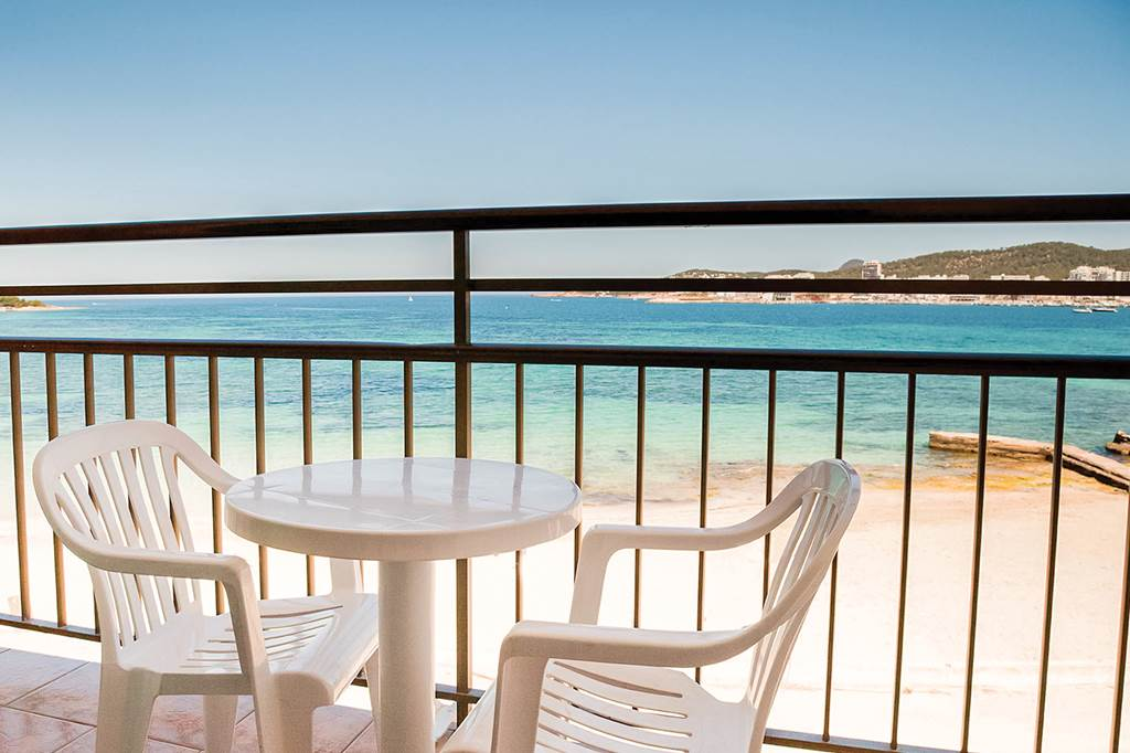Ibiza May 2019 San Antonio Bargain - Image 5