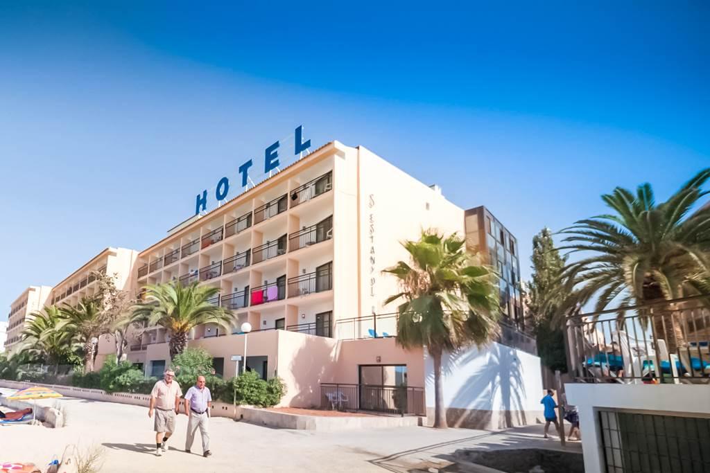 Ibiza May 2019 San Antonio Bargain - Image 9