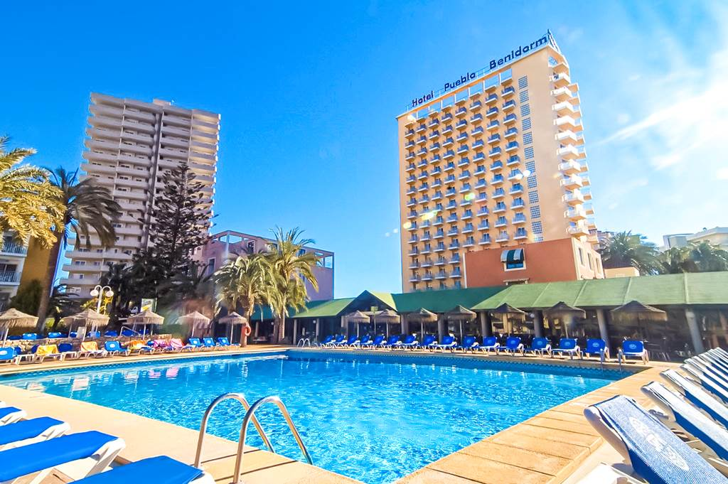 BENIDORM 7 Nights HALF BOARD APRIL - Image 1