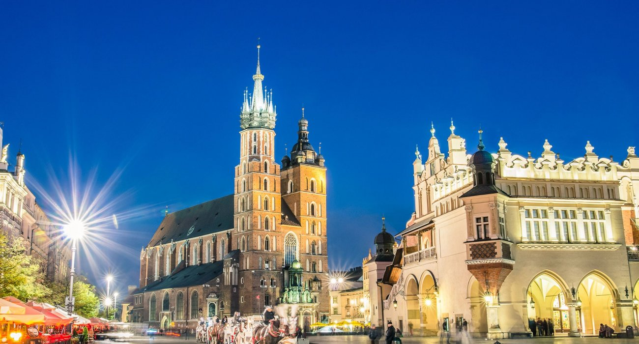 5 Night Krakow City break only £199pp - Image 1