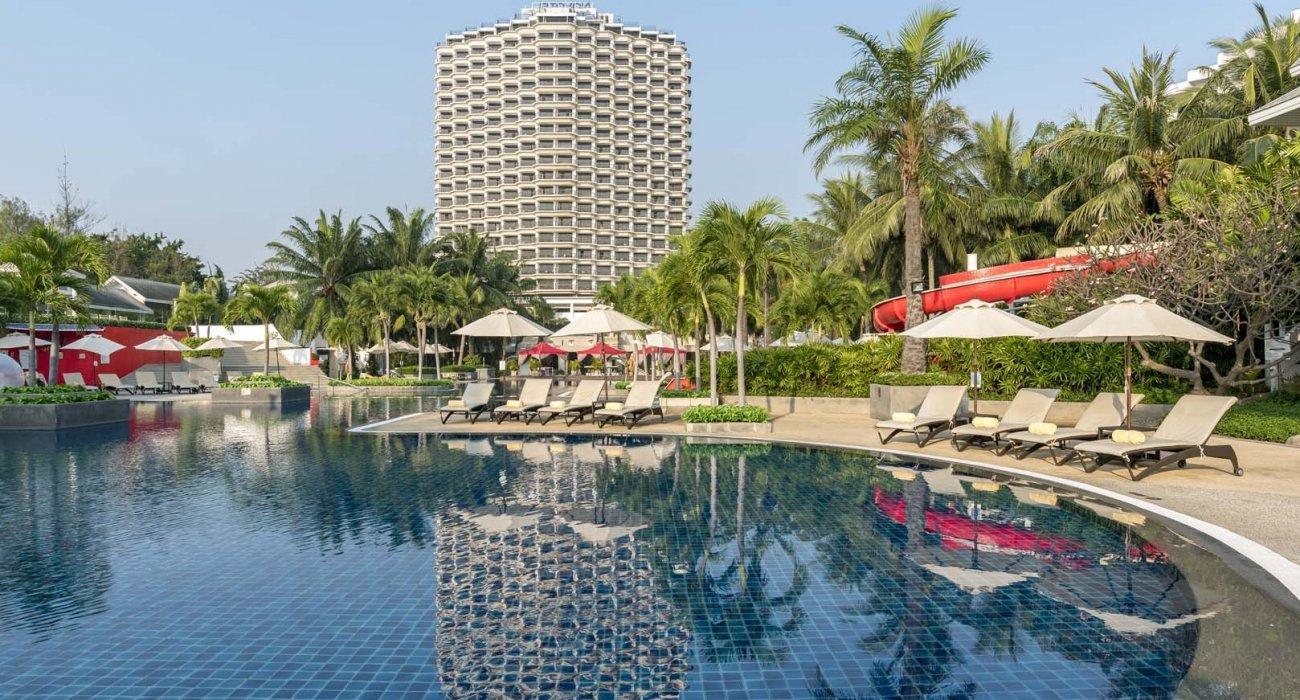 July, Thai beach of Hua Hin + Bangkok - Image 2