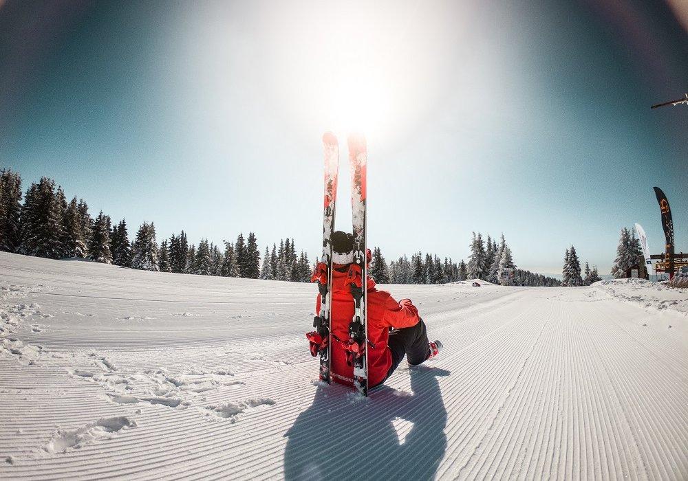 5 Night Sierra Nevada Ski Break - Image 1
