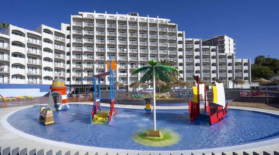 Family Half board June Costa Del Sol offer - Image 4