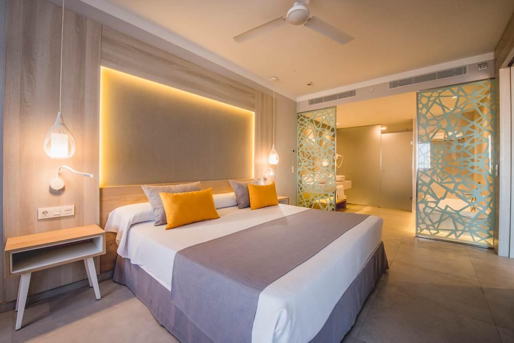 BRAND NEW 5* TENERIFE HOTEL - Image 3