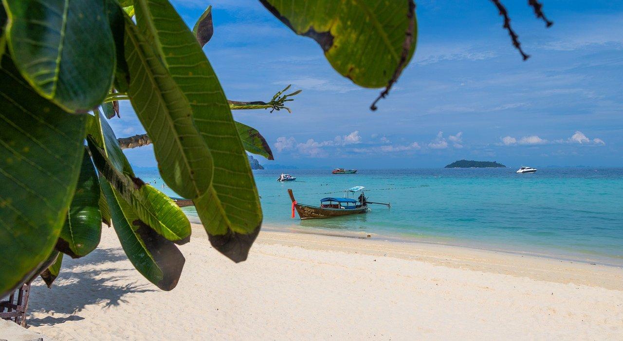 July, Thai beach of Hua Hin + Bangkok - Image 1