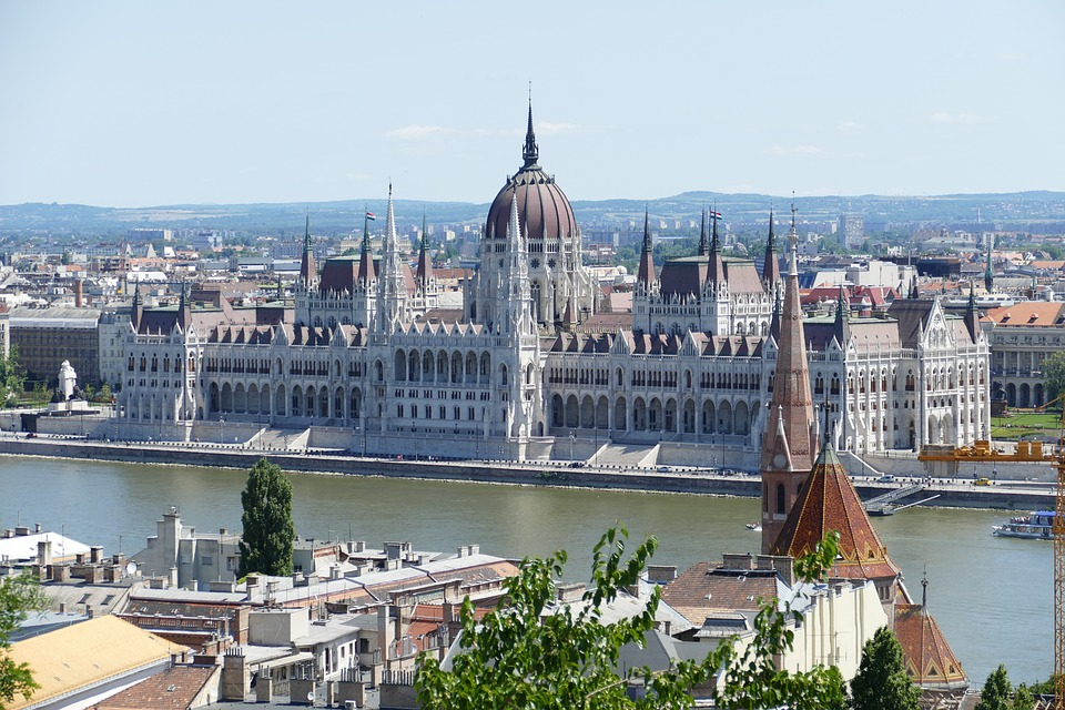 Budapest 3 night Springtime only £99pp - Image 1