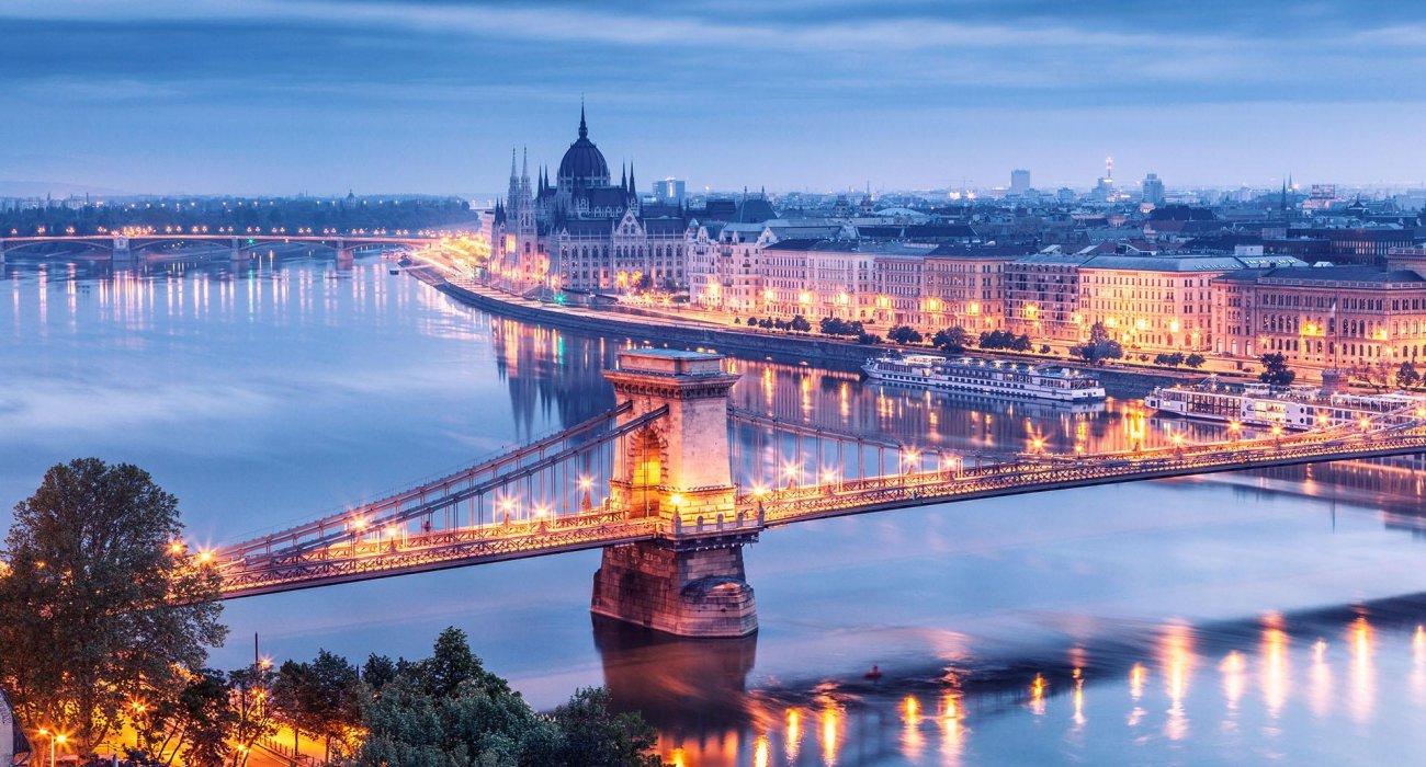 Budapest 4 STAR City Break - Image 1