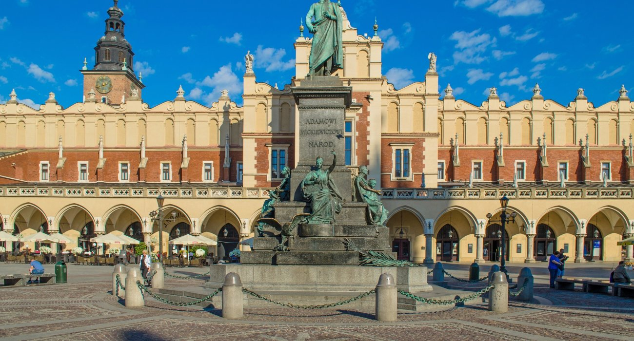 Luxury Krakow For Valentines Break - Image 2