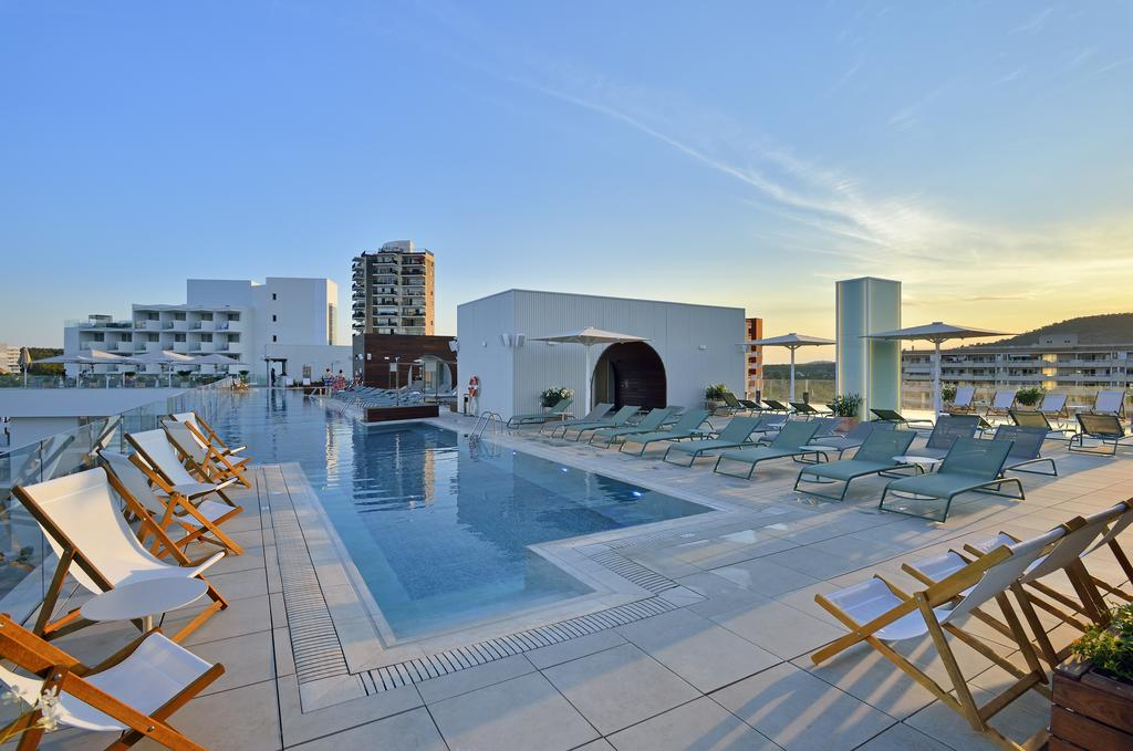 4 Night May Party Magaluf Deal - Image 3