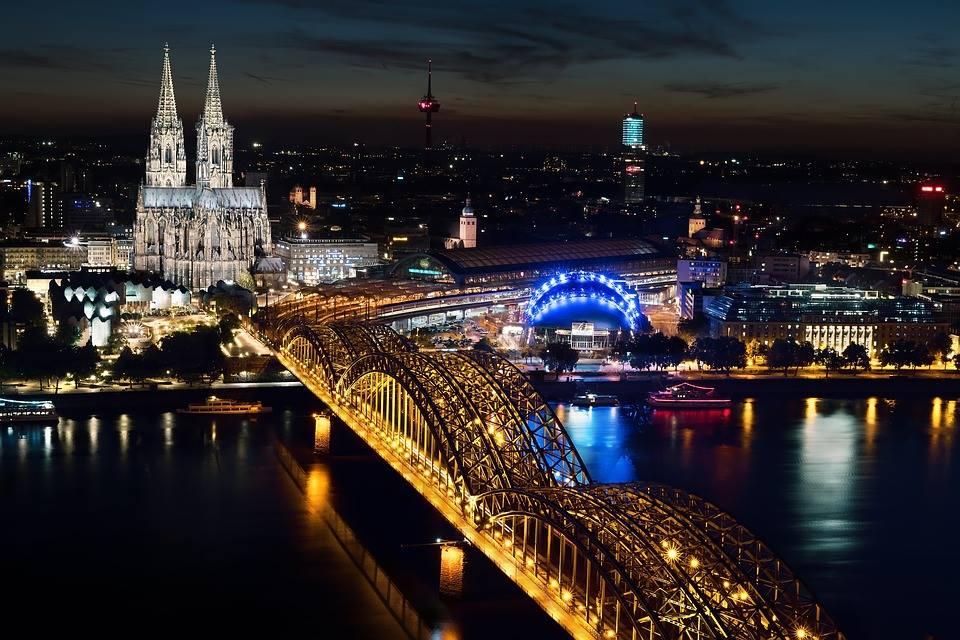 3 night Cologne Winter City Break - Image 1