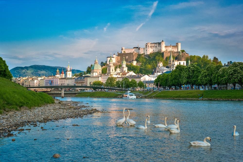 4 Night 4* Salzburg City Break only £199pp - Image 1