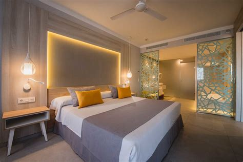 Luxurious Tenerife … New Hotel - Image 3