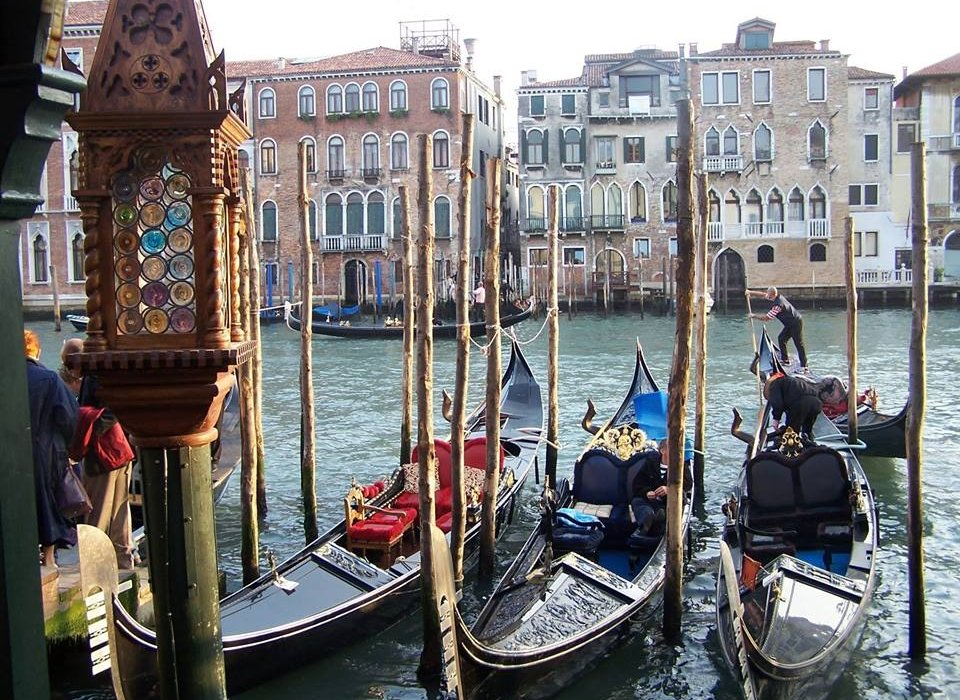 4 nights in ROMANTIC VENICE - Image 1