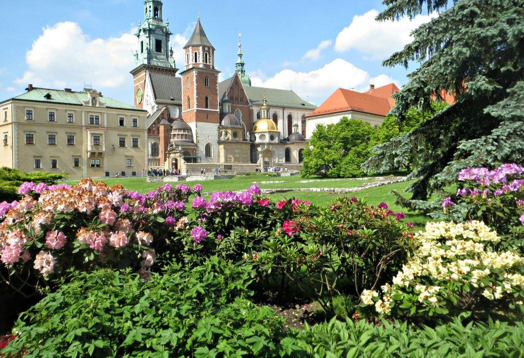 Experience Krakow in Spring - Image 2
