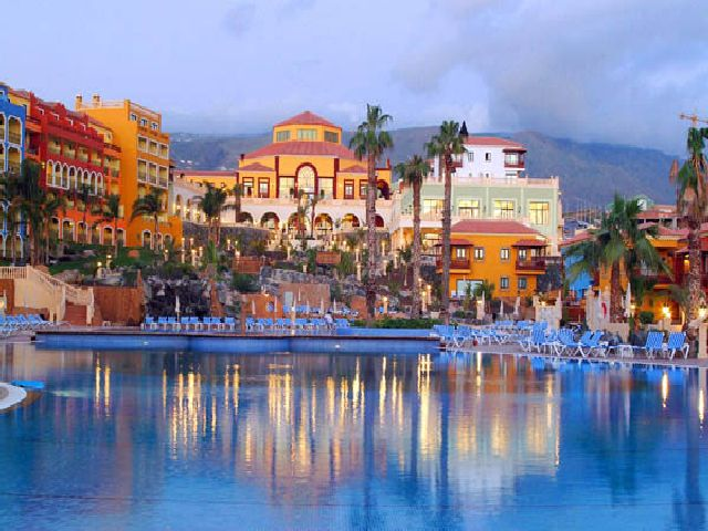 Tenerife 5* Early Booker - Image 1