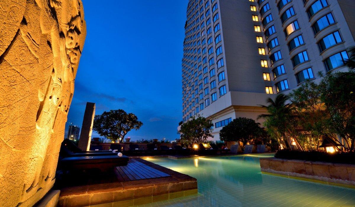 Tantalising Thailand: Bangkok and Phuket - Image 2