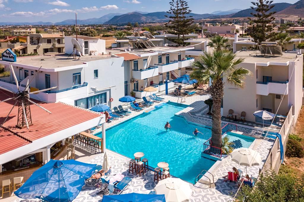 Beautiful Crete in May - Image 5